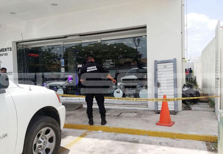La tienda de instrumentos robada se encuentra en el fraccionamiento Francisco de Montejo. (Jorge Pallota/SIPSE)