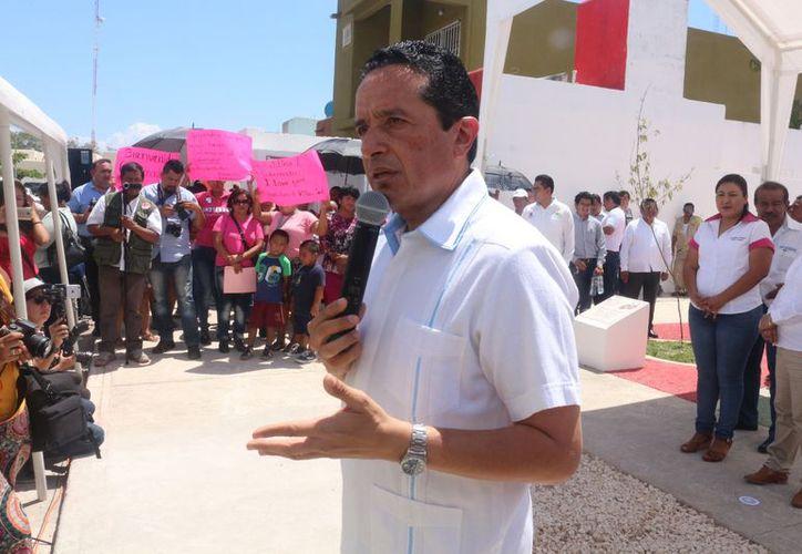 El gobernador indicó la seguridad ha sido uno de los sectores a los que se les ha dedicado tiempo. (Adrián Barreto/SIPSE).