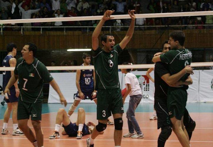 En todos los sets los mexicanos tuvieron que venir de atrás. (Foto: Conade)