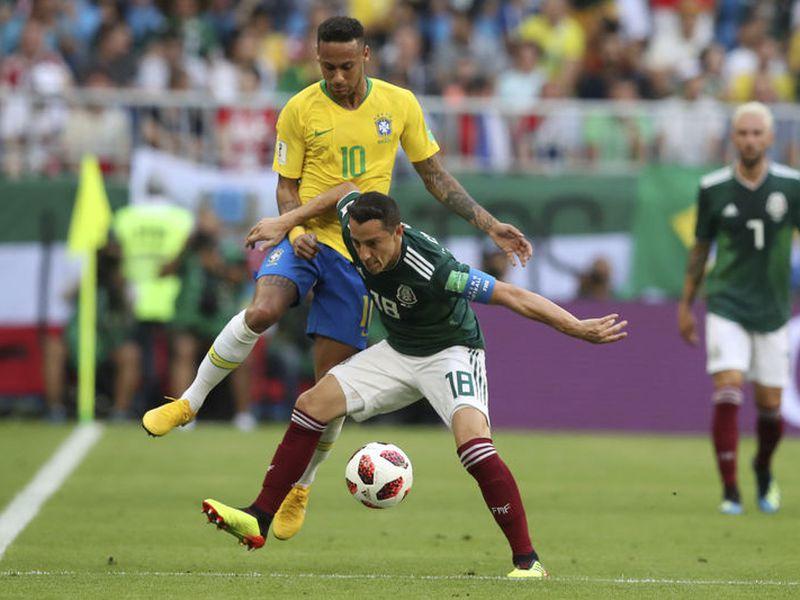 Para Andrés Guardado el Tri ha dado buenos partidos, pero ya no es suficiente (Foto AP)