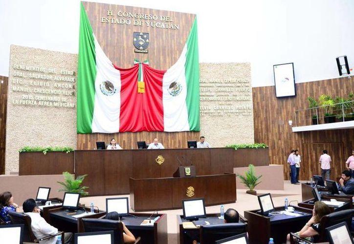 El pleno del Poder Legislativo turnó las iniciativas a comisiones.(Milenio Novedades)