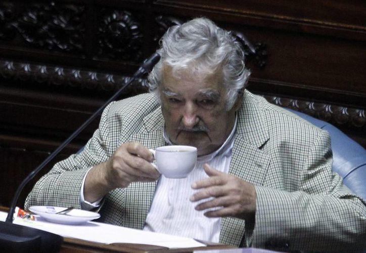 Se espera recaudar unos 15 mil dólares para el Movimiento de Participación Popular con la rifa de un convivio con el expresidente Mujica. (EFE/Archivo)