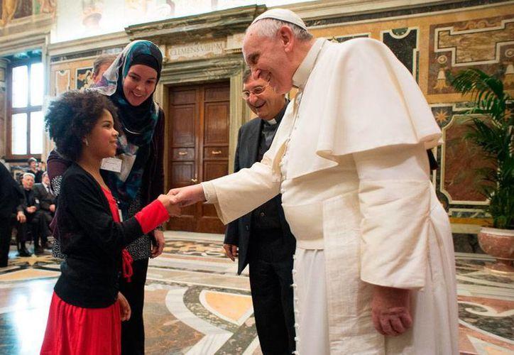 """En sintonía con estos días de la """"Semana de la Unidad de los cristianos"""" con el lema: """"Dame de beber"""" (Jn. 4,1-42) el Santo Padre Francisco nos invita a todos a reunirnos para orar. (Contexto/AP)"""