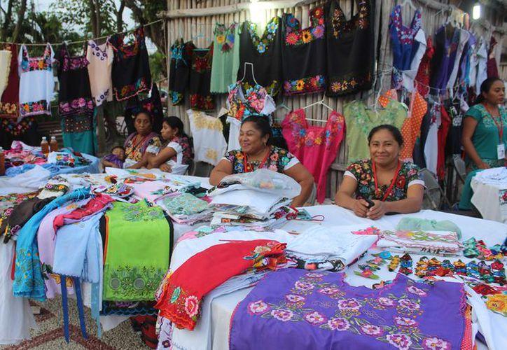 En Hondzonot el grupo Much Meya, del cual es parte Hilario Poot, se inscribieron a un concurso nacional y están en espera de resultados. (Sara Cauich/SIPSE)