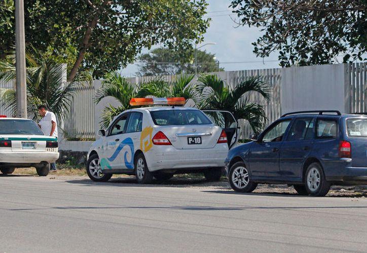 Otras cinco unidades que usaba la secretaría, fueron regresados al sindicato de taxistas. (Jesús Tijerina/SIPSE)