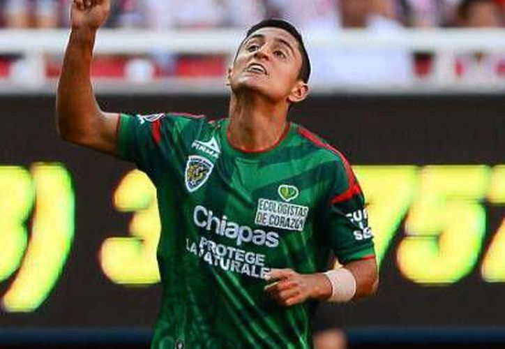 El hermano del futbolista Julio Nava (foto) fue hallado muerto en montes de un municipio de Veracruz.(Archivo/SIPSE)