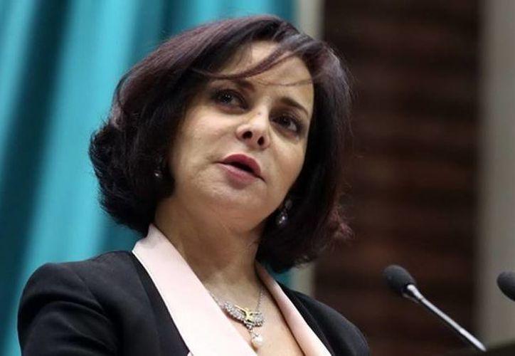 Ayer, Carpinteyro se excusó de participar en el análisis, debate y votación de las leyes secundarias en materia de telecomunicaciones. (diputadosprd.org.mx)