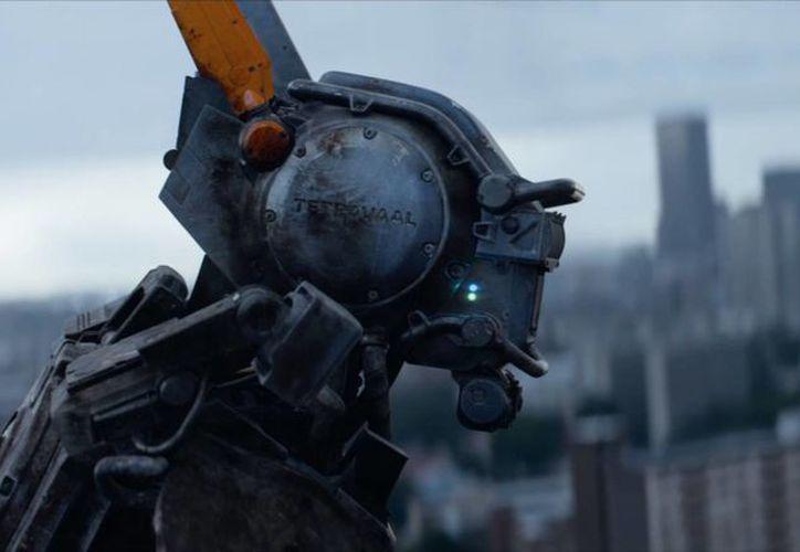 El director y guionista sudafricano Neill Blomkamp vuelve a usar la ciencia ficción para describirnos aspectos del ser humano. (Redacción/SIPSE)