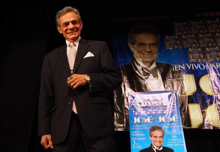 José José nació el 17 de febrero de 1948 en la Ciudad de México e inicio su camino en la música con un trío familiar cantando en cafés. Desde hace varias es conocido como uno de los intérpretes más exitosos de la música mexicana. (Archivo Notimex)