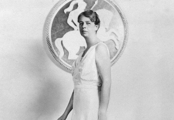 Un 27 % de los estadounidenses prefiere a Eleanor Roosevelt (1884-1962) para estar en el billete de diez dólares dentro de cinco años, de acuerdo con una encuesta. (EFE/Archivo)