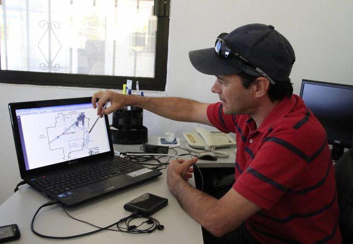 Las comisiones del proyecto en Puerto Morelos presentan los límites territoriales. (Tomás Álvarez/SIPSE)