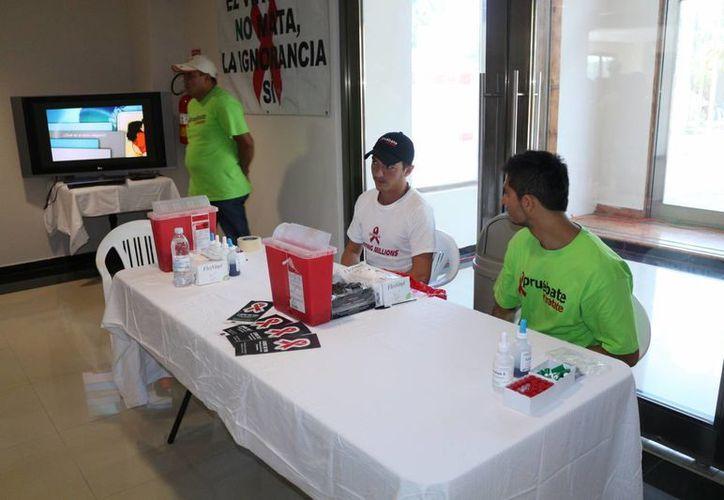 Este viernes y sábado se realizarán pruebas de VIH gratis en la colonia Colosio. (Octavio Martínez/SIPSE)