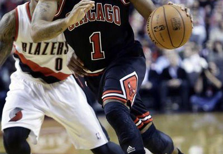 Derrick Rose se someterá a una resonancia para valorar su lesión. (Foto: Agencias)