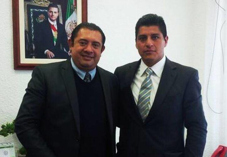 Jaime Ramos Neri (derecha), delegado del Centro de Investigación y Seguridad Nacional (Cisen) en el Estado de México, presuntamente fue levantado por dos hombres. (Foto: @IrvingPineda/diariodemexico.com.mx)