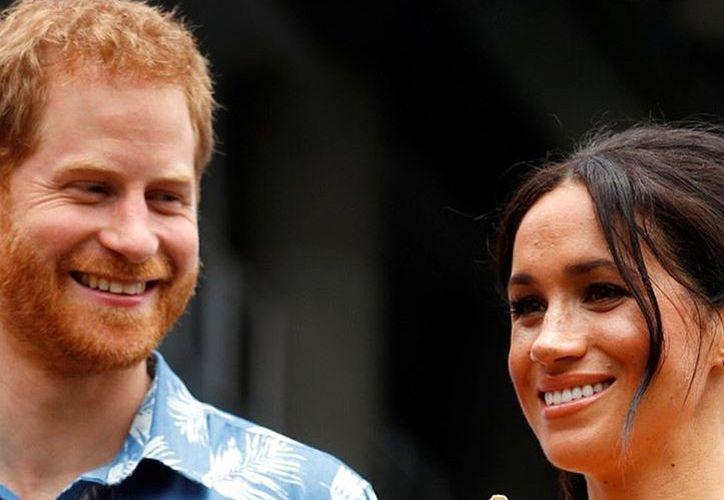 El príncipe Harry tuvo una relación con modelo mientras salía con Meghan. (Agencia Reforma)