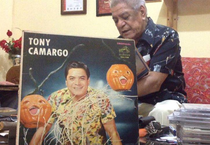 Antonio Camargo Carrasco, de 86 años, grabó por primera vez en 1953 El Año Viejo. (David Pompeyo)