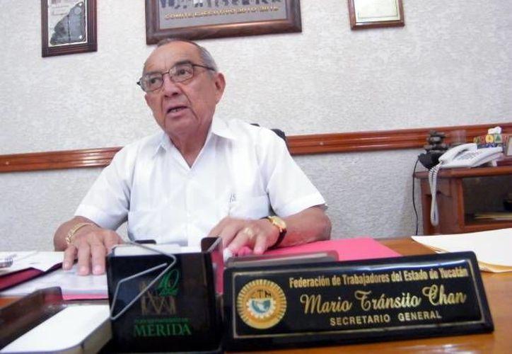 Mario Tránsito Chan va por la reelección por un cuarto periodo en el XIII Congreso Estatal Ordinario de la FTY, este domingo. (Archivo/ SIPSE)