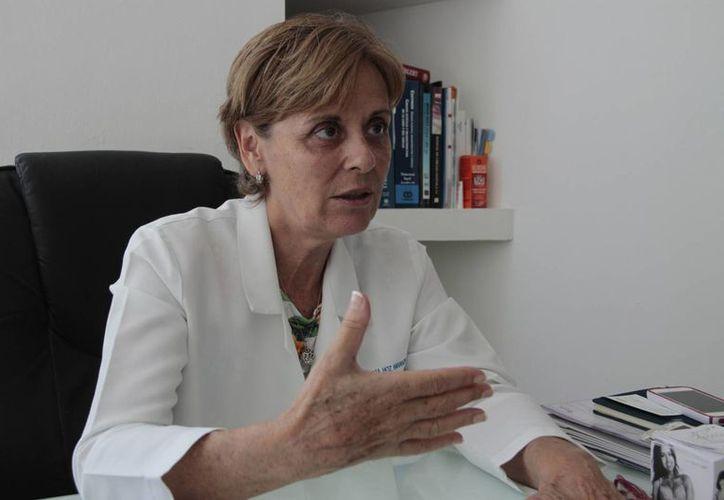 María Eugenia Hoz Baranda, presidenta del Colegio de Cirujanos Plásticos, Estéticos y Reconstructivos de Quintana Roo. (Tomás Álvarez/SIPSE)