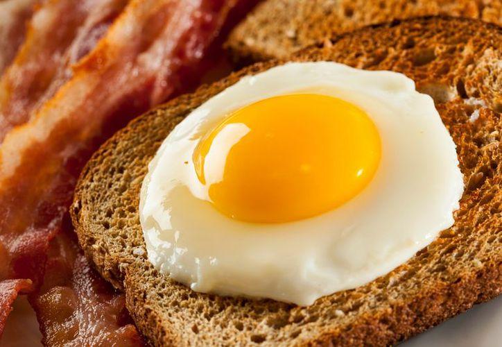 Es mentira que consumir la yema del huevo causa colesterol. (Foto: Contexto/Internet)