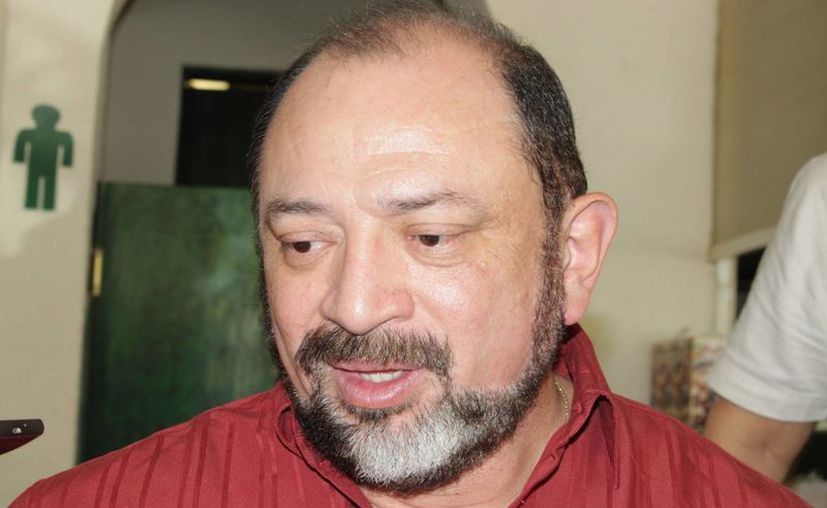 Darío Flota Ocampo dijo que la feria se llevará a cabo del 22 al 26 de enero. (Adrián Barreto/SIPSE)