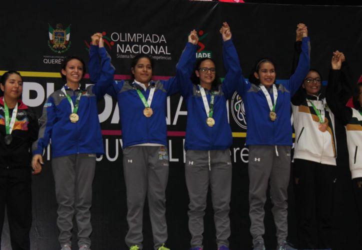 Jóvenes de Quintana Roo se coronan como líderes en su categoría. (Foto: SIPSE)