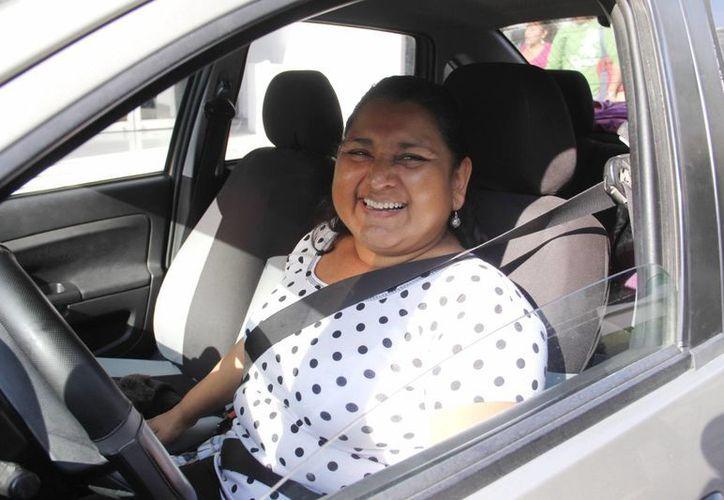 Doble seguridad da usar el cinturón de seguridad. salva vidas en accidentes y evita multas por no portarlo.  (Juan Albornoz/SIPSE)