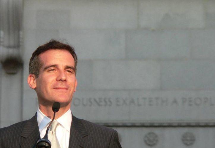 El alcalde de Los Ángeles, Eric Garcetti, encabezó la campaña de promoción al voto entre los angelinos. (scpr.org)