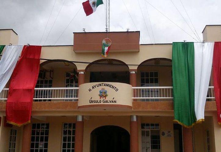 El ayuntamiento de Úrsulo Galván, Veracruz, ya presentó una denuncia por la transferencia de los recursos municipales que estaban a cargo del banco Santander. (Facebook/H. Ayuntamiento de Úrsulo Galván)