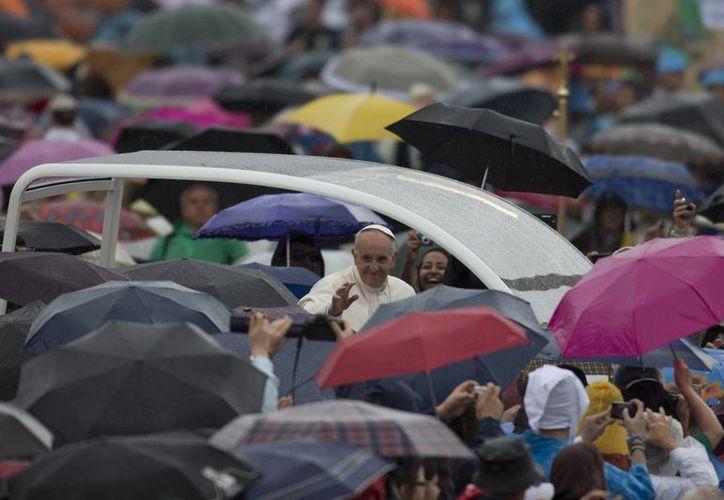 """La popularidad del Papa en Argentina impulsó al Gobierno a crear una ruta turística que """"cuente"""" la vida y obra de Jorge Bergoglio. (Agencias)"""