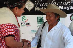 Indígenas mayas de México y Guatemala, hermanados