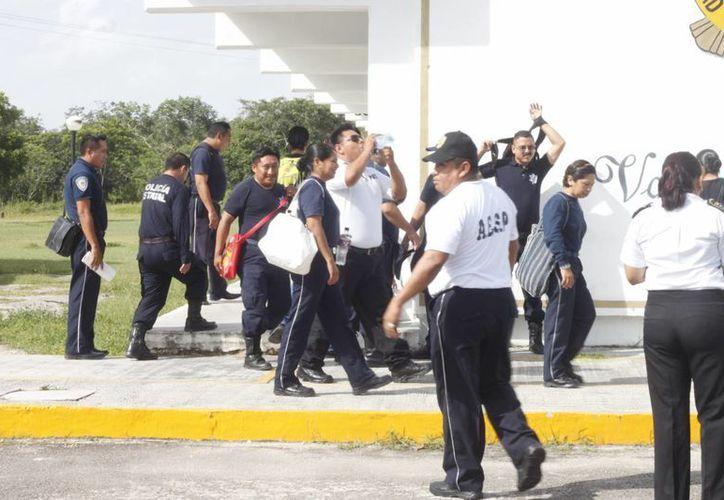 En el 2013, alrededor de 200 policías reprobaron el examen de confianza. (Archivo/SIPSE)
