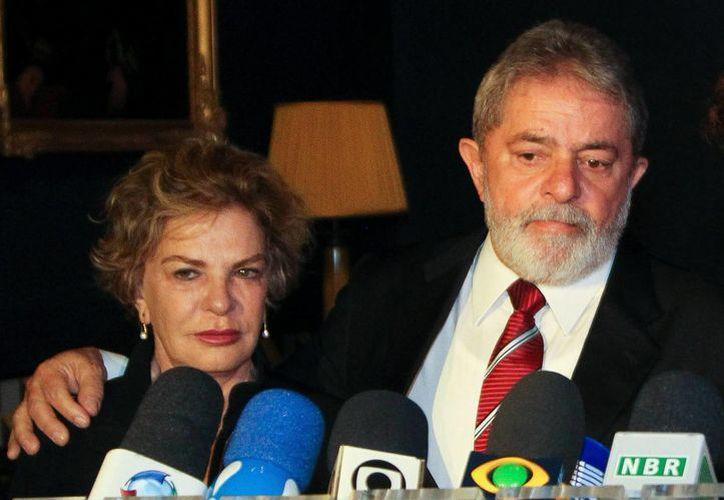 Los tres cargos presentados contra Lula y su esposa son corrupción pasiva, fraude documental y lavado de capitales, según la acusación. (EFE)