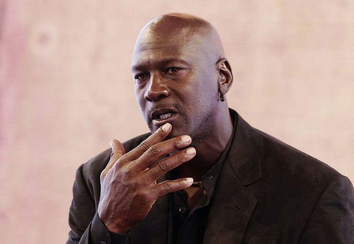 """""""Habrá uno o dos grandes equipos y otros 28 que serán basura"""", señaló Jordan, que es propietario de los Charlotte Hornets. (Slate Magazine)"""