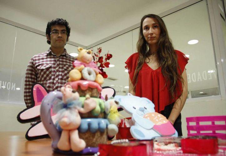 Cristina Pérez Omar y Tenoch Menses Turriza decidieron hacer de Cancún, la sede para este evento. (Tomás Álvarez/SIPSE)