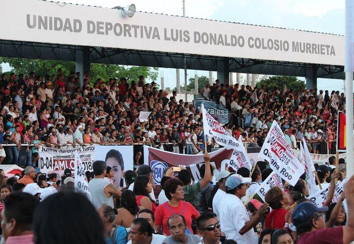 Playa del Carmen escuchó las propuestas de AMLO: impulsar proyectos turísticos, de educación y asistencia social para Quintana Roo y la zona sur sureste. (SIPSE)