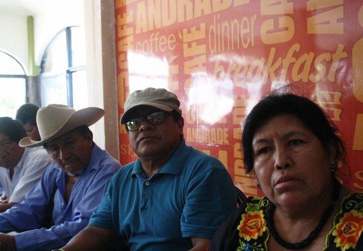 En conferencia de prensa se afirmó que no se les permite la entrada a Sian Ka'an, a pesar de ser originarios de Felipe Carrillo Puerto. (Octavio Martínez/SIPSE)