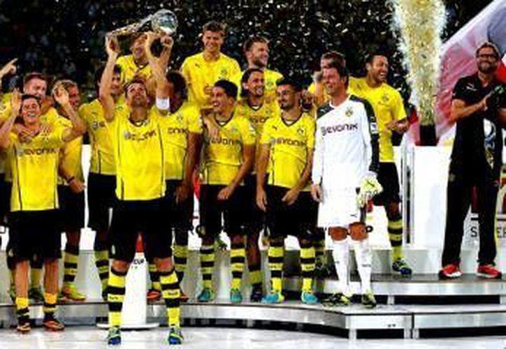 El Borussia jugó sin Manuel Neuer, Franck Ribery, el defensa Dante y todavía no puede jugar Mario Gotze.(Milenio)
