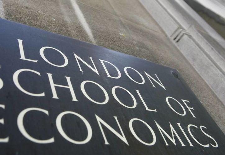 """La LSE dijo que los estudiantes corrieron """"un grave peligro"""" de haber sido descubiertos en Corea del Norte los periodistas infiltrados. (Agencias)"""