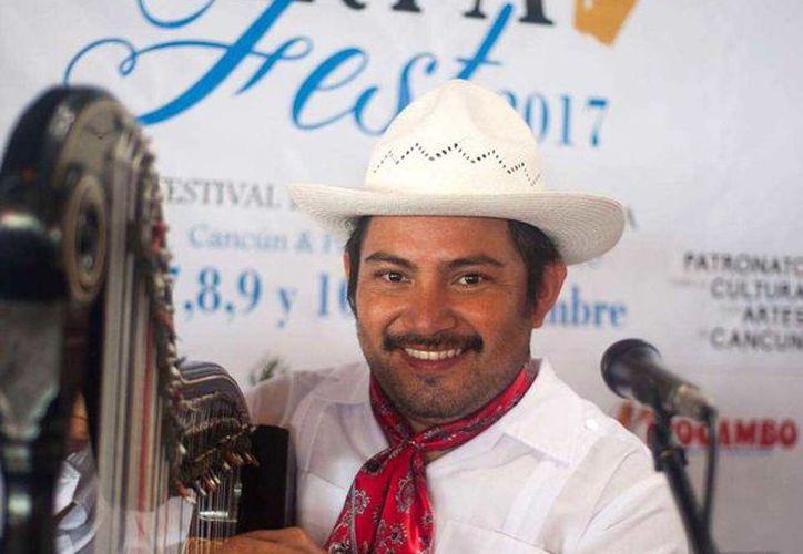 Julio González, Director General del Arpafest compartió que durante el concierto los asistentes podrán disfrutar de una Gala de Arpa Latinoamericana, que consiste en la participación de algunos de los mejores arpistas del mundo. (Redacción/SIPSE)