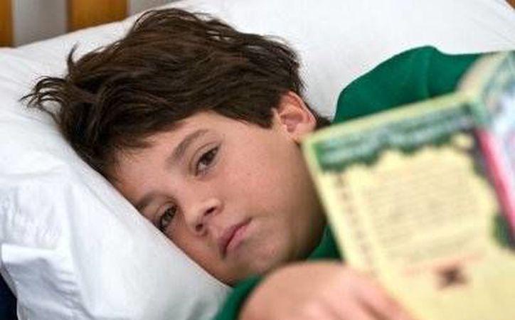 La Academia Americana de Pediatría recomienda que los niños en edad preescolar duerman entre 11 y 13 horas. (4.bp.blogspot.com)