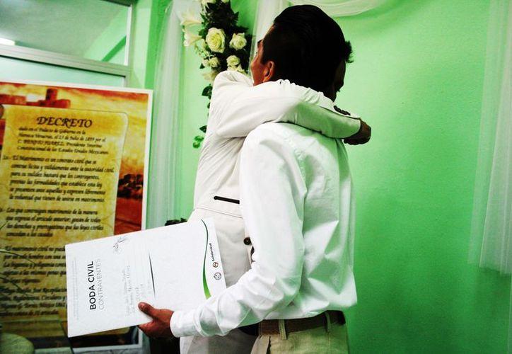 El Registro Civil de Solidaridad contabilizó más de 40 enlaces entre personas del mismo sexo. (Daniel Pacheco/SIPSE)