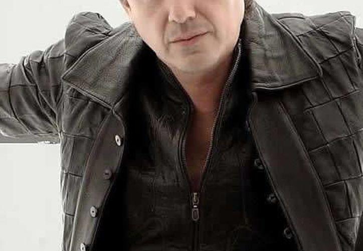 El cantante interpretará canciones de su autoría que realizó en Caifanes, Juaguares, y las de su álbum en solitario, Remando. (Foto de Contexto/rockmx.com.mx)