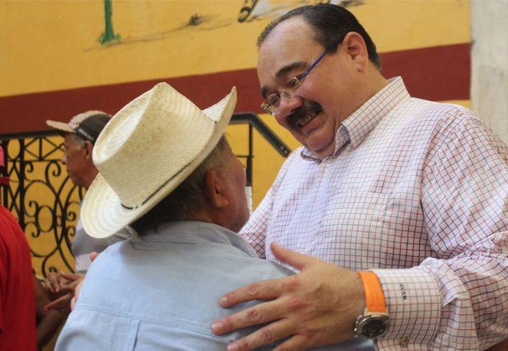 El diputado Jorge Carlos Ramírez Marín se dice dispuesto a afrontar los retos que implica el ser político en estos tiempos. (Milenio Novedades)