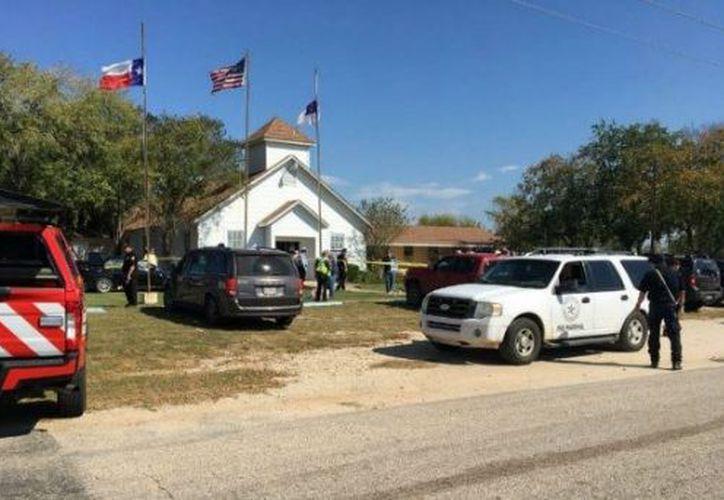 Varias personas murieron tras un tiroteo en una iglesia en Sutherland Springs, Texas. (Contexto/Internet).
