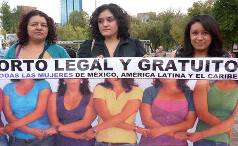 Mujeres solicitando la despenalización del aborto en América Latina (Foto:CIMAC)
