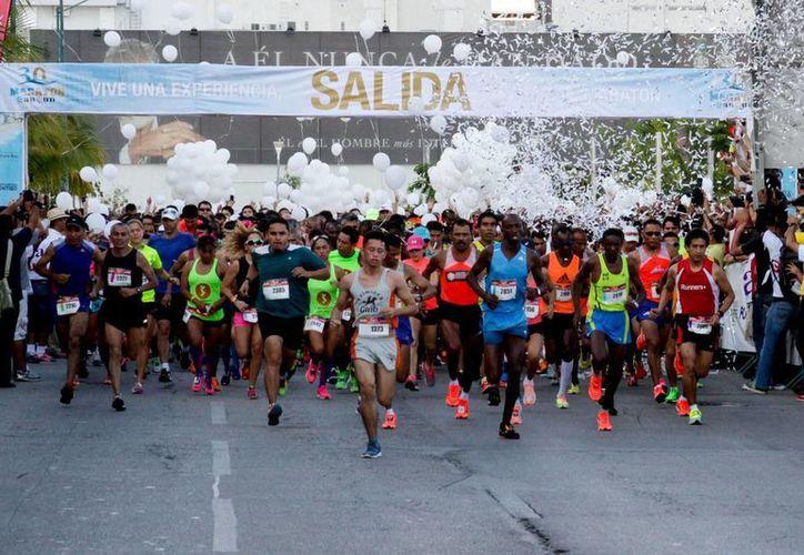 Los atletas locales podrán participar en el Maratón Internacional de Cancún y y entrenar en el Centro de Integración Juvenil.  (Redacción/SIPSE)
