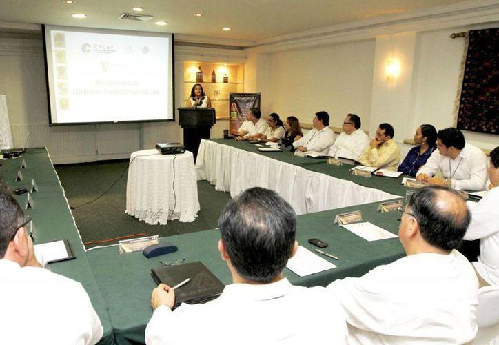 Aspecto de la reunión en Mérida. (SIPSE)