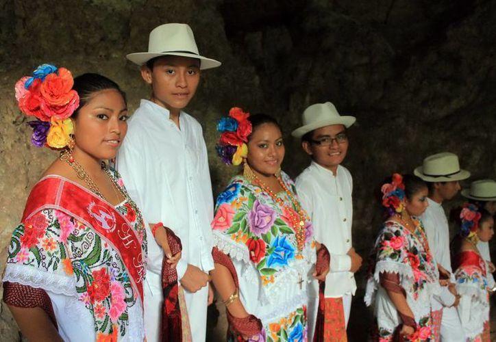 El pueblo maya mantiene vivas muchas de sus tradiciones. (SIPSE)