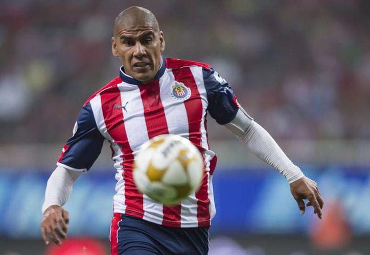 Salcido se disculpó con la afición de Atlas por el mensaje en la cuenta de Chivas. (Foto: Contexto/Internet)