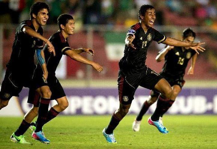 Los jugadores mexicanos se repusieron de la goleada que sufrieron ante Ghana en su debut. (mediotiempo.com)